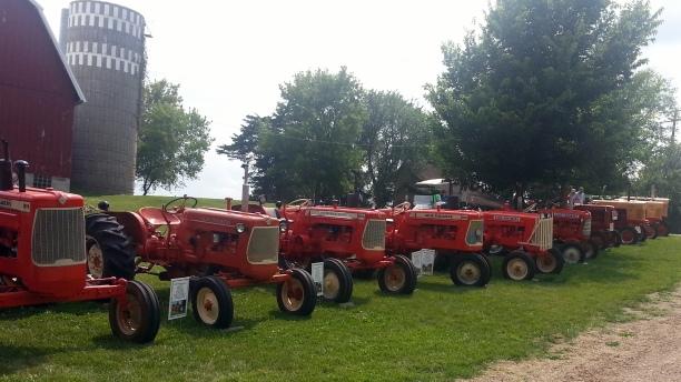 Cedar Lake Farm Tractor Show 072014 (3)