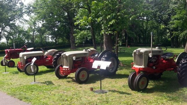 Cedar Lake Farm Tractor Show 072014 (8)